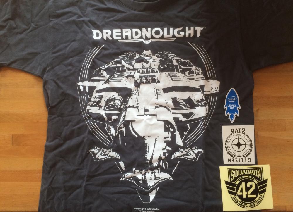 2016_DRUCKWELLE_XMAS_Dreadnought_Shirt_front.jpg