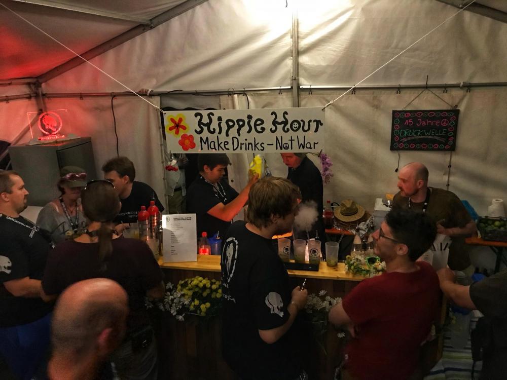 DRUCKWELLE Burg 2018 Hippie-Bar